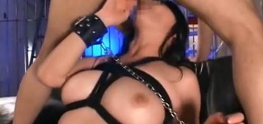 緊縛目隠しでエロさが増した巨乳痴女のフェラチオ・アナル責め!(竹内あい)【SM無料動画】