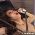 拘束椅子に完全拘束されたM女がオマ○コ電動ドリル責めに痙攣アクメ地獄!【SM無料動画】