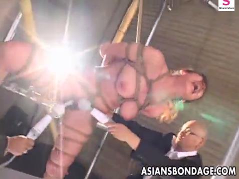 磔にされた全身緊縛M女の複数電マ責め大絶叫・痙攣アクメ地獄!【SM無料動画】