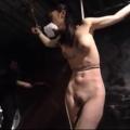 手足拘束されたM女が手マンローター責めスパンキングされた後容赦ない鞭打ちにミミズ腫れマジ泣き絶叫!【SMエロ動画】