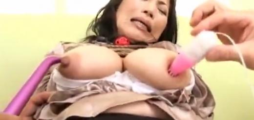 緊縛口枷つけた巨乳M女のバイブ・ローター責め痙攣アクメ地獄!【SMエロ動画】