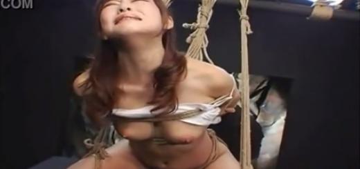 緊縛吊るされて浣腸責めに悶絶絶叫するM女!【SMエロ動画】