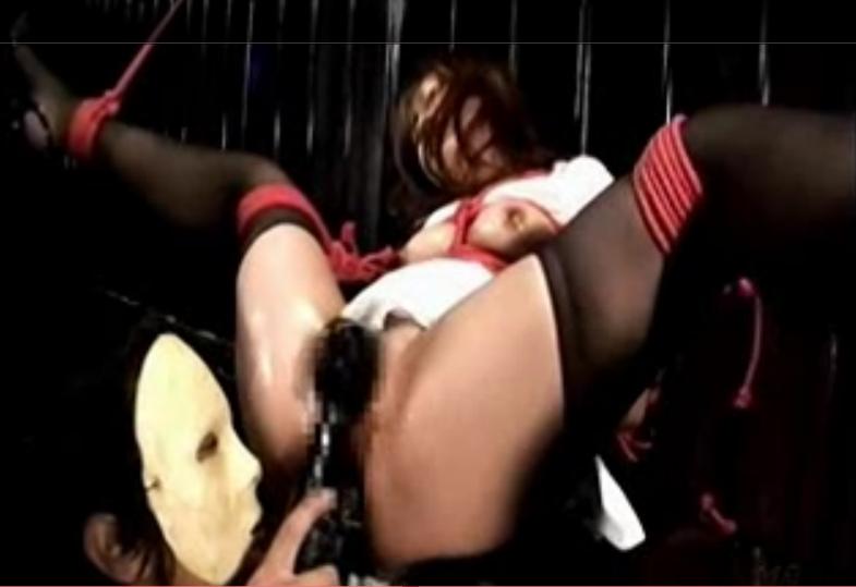 「❤出ちゃう!出ちゃう!」鉄格子の部屋に監禁されて緊縛吊るされたメス豚の電マ責め絶頂アクメ地獄!【SMエロ動画】