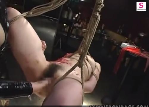 ドSレズ女王様の鞭打ち&緊縛吊るし蝋燭責めマゾ調教!【SM無料動画】