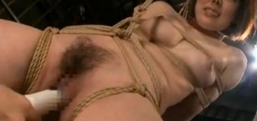 【笠木忍】監禁されたM女が緊縛吊るされてバイブ責め奴隷調教に喘ぐ!【SMエロ動画】